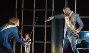 RODELINDA: Unulfo defends the royal family