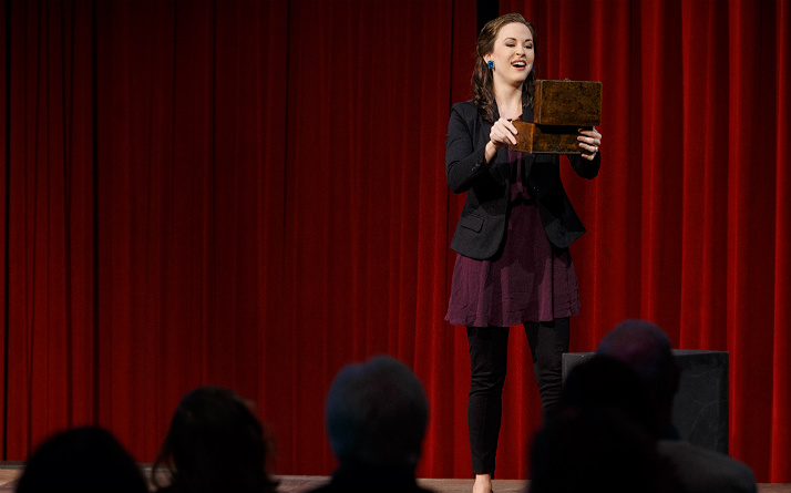 Shannon Jennings performs in Pittsburgh Opera's November 2016 Brown Bag Concert