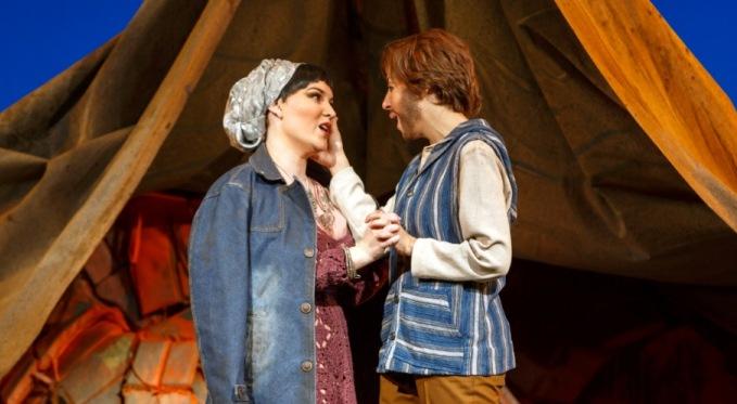 Ilia (Ashley Fabian) and Idamante (Antonia Botti-Lodovico) share a tender moment. Photo by David Bachman for Pittsburgh Opera.