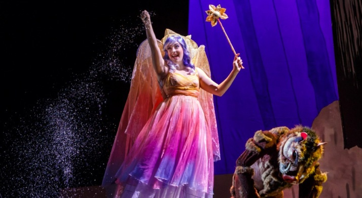 Caitlin Gotimer sings in the role of the Dew Fairy in Hansel & Gretel. The Pittsburgh Post-Gazette said she