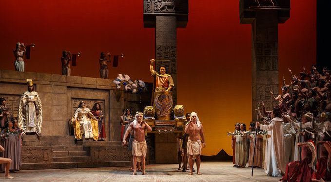 Photo by David Bachman for Pittsburgh Opera