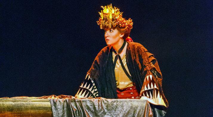 Antonia Botti-Lodovico as Ruggiero. Pittsburgh Post-Gazette's review said,