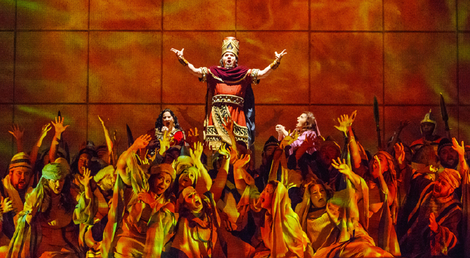 Nabucco (Mark Delavan) orders the destruction of the temple in Jerusalem, to the horror of the Israelites (Pittsburgh Opera Chorus and Supernumeraries).