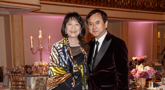 Board member Hilda Fu and husband Freddie at the 2015 Diamond Horseshoe Ball.