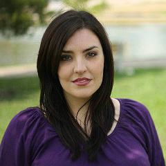 Resident Artist Leah de Gruyl sings Marcellina
