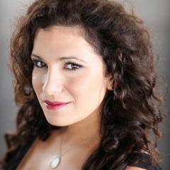 Resident Artist Alumni Danielle Pastin sings Countess Almaviva