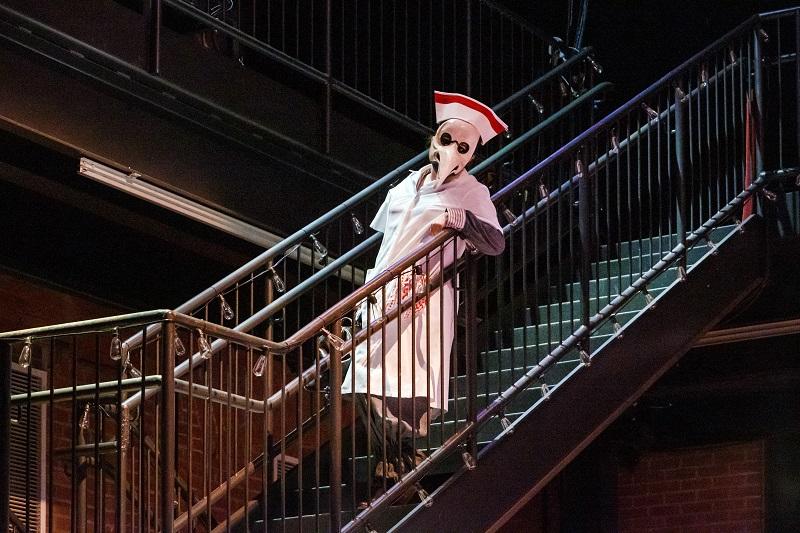Veronique Filloux as Despina impersonating a doctor. Photo by David Bachman.