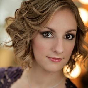 headshot of mezzo-soprano Aleks Romano