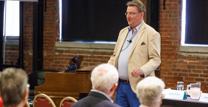 Maestro Antony Walker speaks at a recent Opera Up Close event.