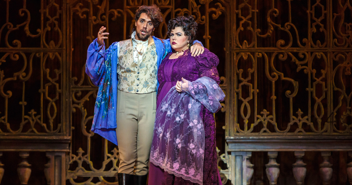 Mario Cavaradossi (Thiago Arancam) explains that he was painting Floria Tosca (Leah Crocetto), not another woman.